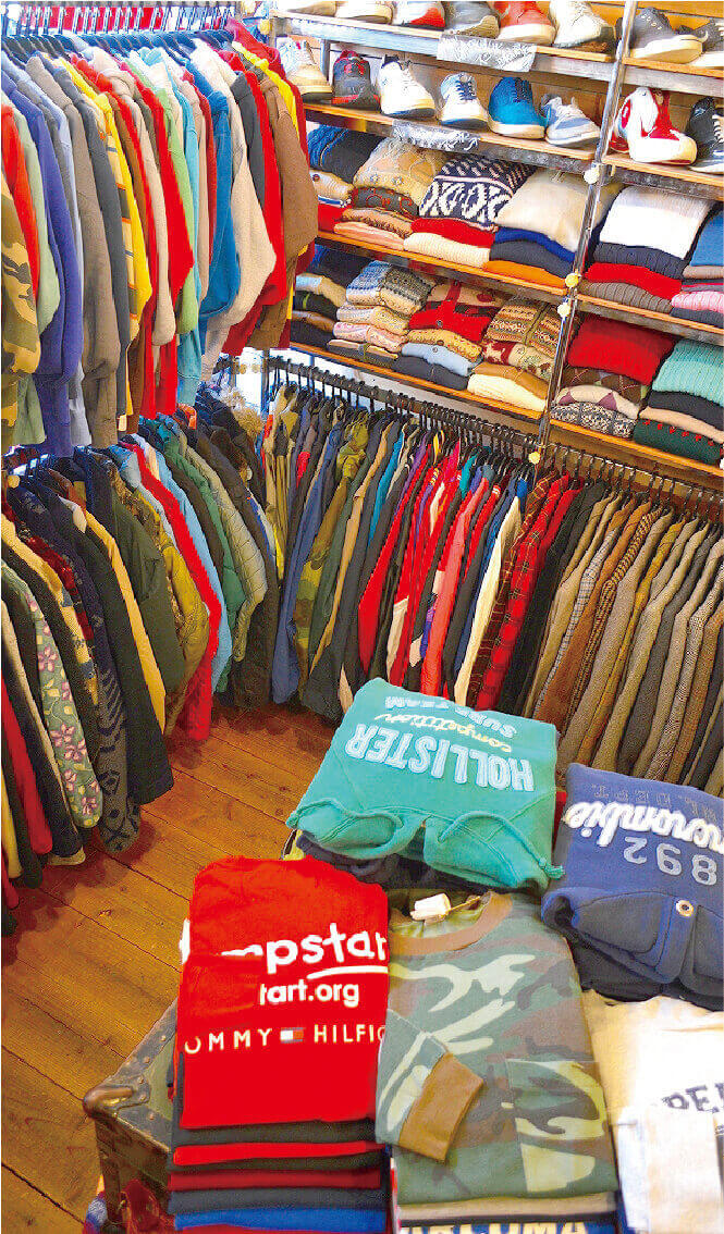 snobの古着の店内の写真